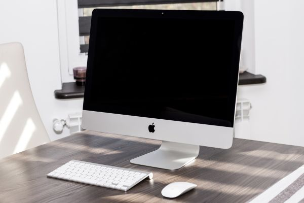 Черный экран при включении компьютера: возможные причины
