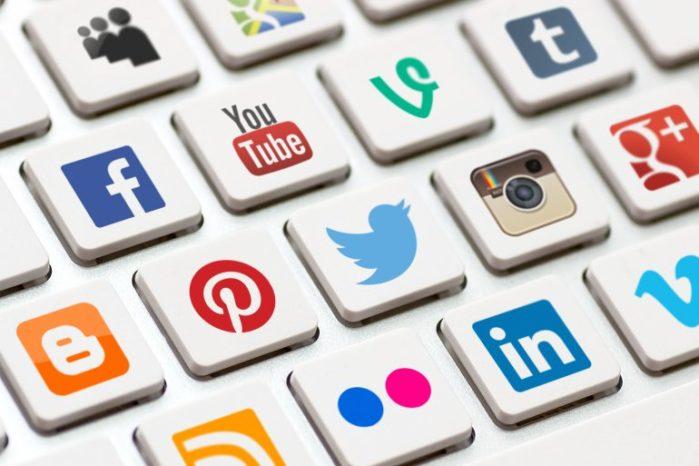 Социальные сети - зависимость, отдушина или место заработать?