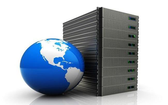 Создаём пользователей для веб-сервера